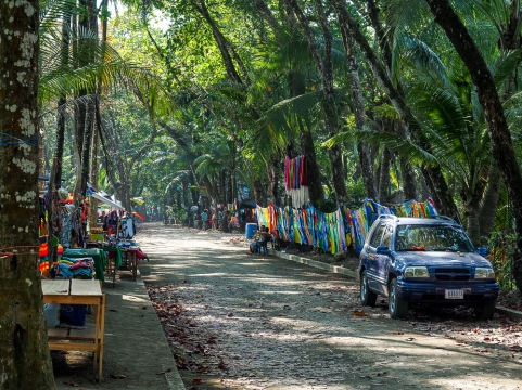 The main drag in Dominical, this describes the town perfectly. Nothing here but hammocks and surf.
